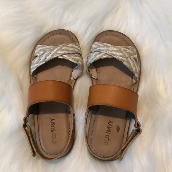 Old Navy Other - Old Navy Sandals size 10